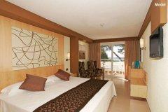 Vacanza al mare in hotel per bambini Formentera