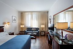 Starhotels-Excelsior_BO_JuniorSuite-2
