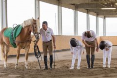 Scuola-di-equitazione-