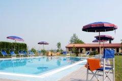 adriabella-tenuta-regina-2005-gardin-piscina-05-7808-copia