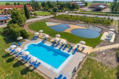 adriabella-tenuta-regina-agriturismo-fs-2019-foto-panoramica-piscina-2-1800x1200