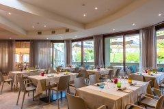 resort con miniclub per bambini sul lago di garda