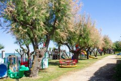 villaggio con servizi per bambini a roseto degli abruzzi