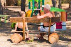 villaggi con servizi per bambini al mare toscana