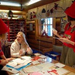 l'ufficio postale del villaggio di babbo natale rovaniemi