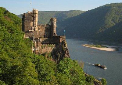castello di rheinstein valle della loreley