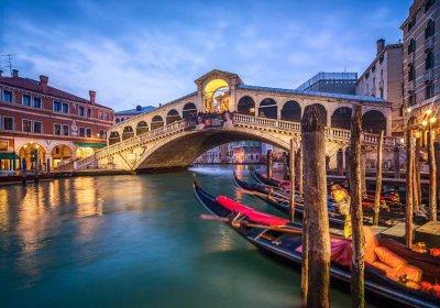 Ponte di Rialto a Venezia