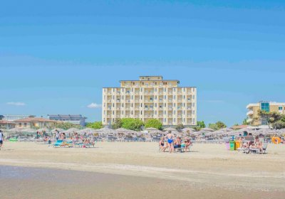 Hotel-Adler-lido-di-classe-foto-panorama-ritoccata