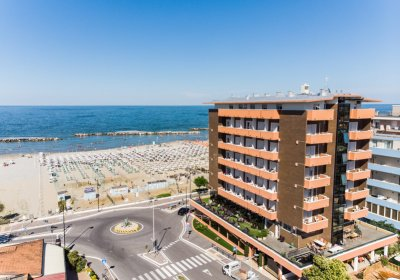hotel maxy rimini