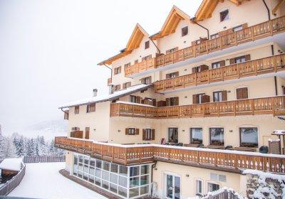 family hotel per sciare in trentino folgaria