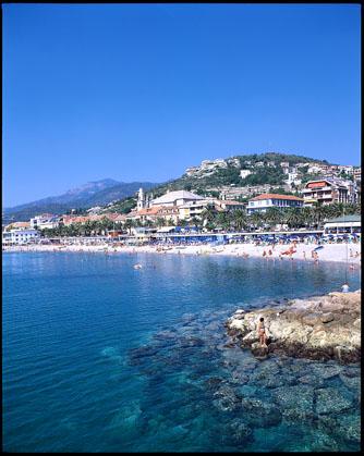 Pietra Ligure Residence Oleandro offerta speciale Liguria Pasqua al mare