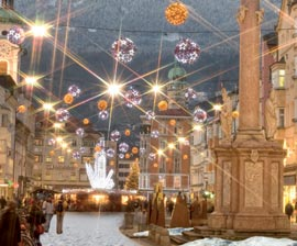 Immagini Mercatini Di Natale Innsbruck.Natale Con I Bambini A Innsbruck Con Mercatini Di Natale Austria