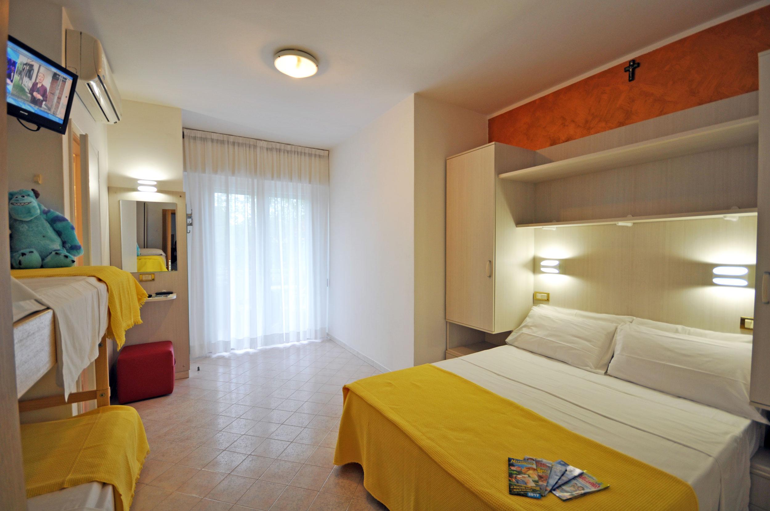 Offerta Hotel Tre Rose di Riccione con piscina