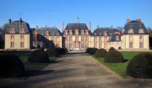 castello-breteuil-1