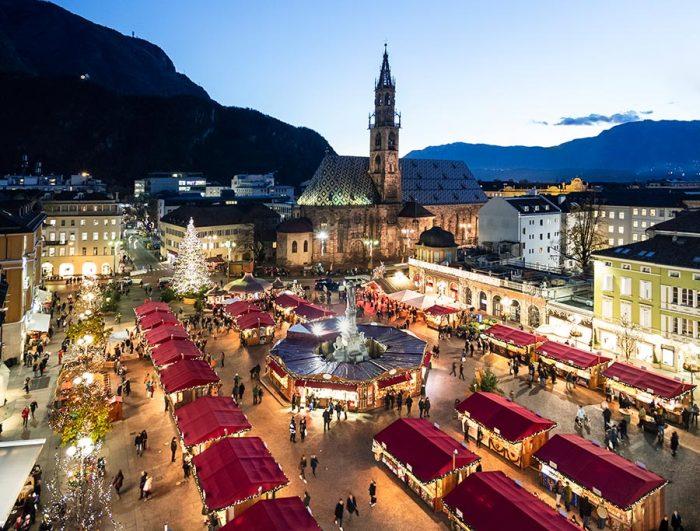 Immagini Di Mercatini Di Natale.Al Mercatino Di Natale Di Bolzano 2019 Con I Bambini Bimboinviaggio