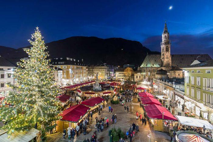 Mercatini Di Natale A Bolzano Foto.Al Mercatino Di Natale Di Bolzano 2019 Con I Bambini