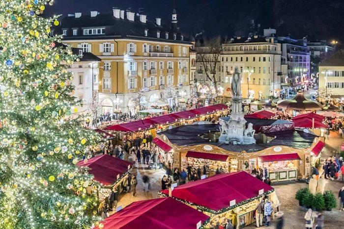 Bolzano Mercatini Di Natale.Al Mercatino Di Natale Di Bolzano 2019 Con I Bambini Bimboinviaggio