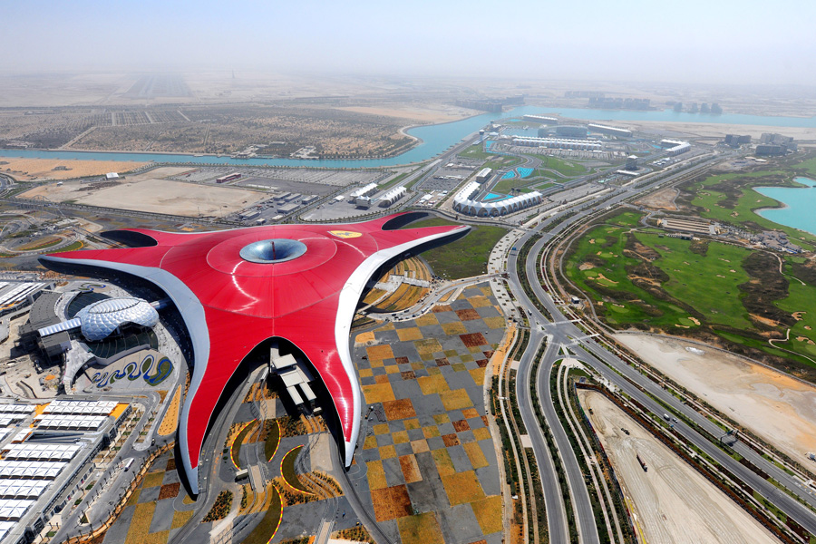 15-Ferrari_World_Abu_Dhabi