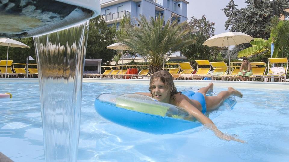 piscina Hotel Riccione