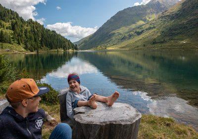 Vacanze con i bambini sulle montagne del ost tirol in austria