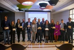 L'immancabile foto di gruppo per i vincitori della terza edizione dei Bimboinviaggio Awards 2019