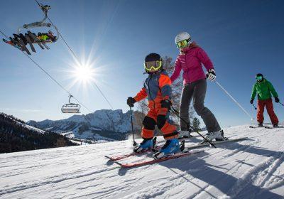 In famiglia sulla neve, Carezza, foto di Ivan Goller, credit Val d_Ega (16)