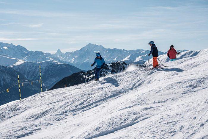 sciare con i bambini in svizzera