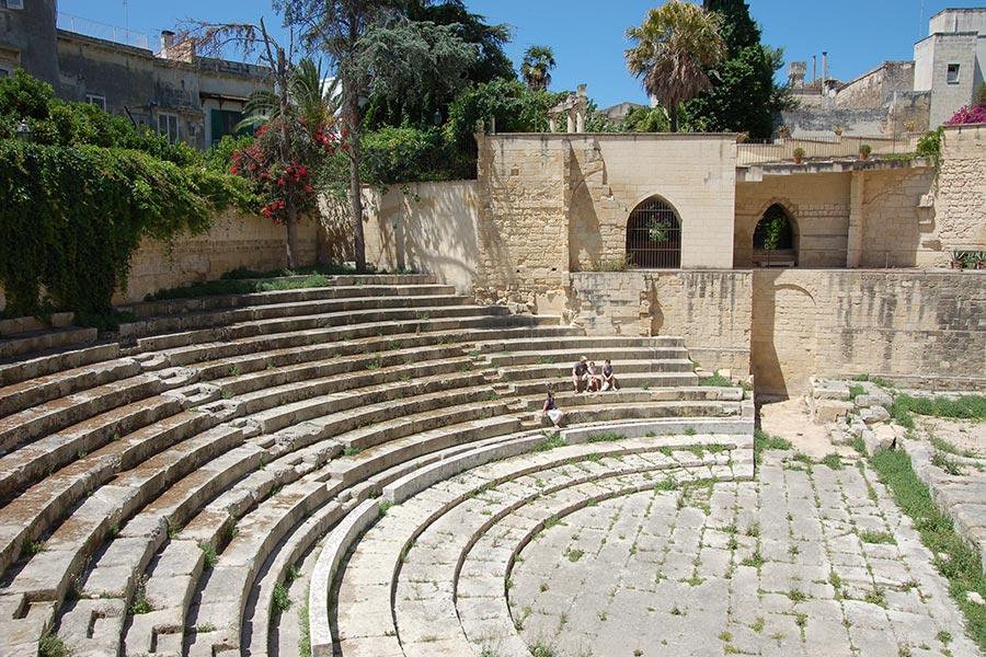 Lecce-teatro-romano-centro